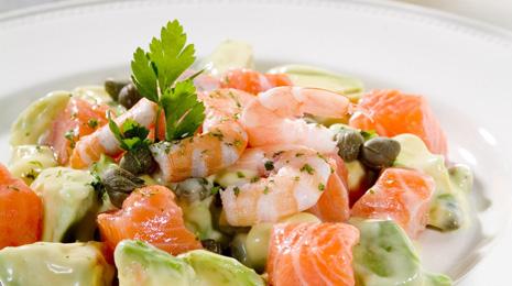 ensalada salmon y aguacate